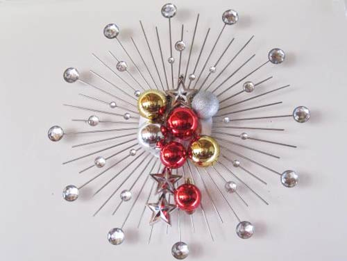 Baubles on a clock